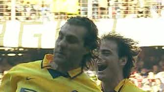 Anteprima immagine per Il gol spettacolare di Christian Vieri contro la Sampdoria