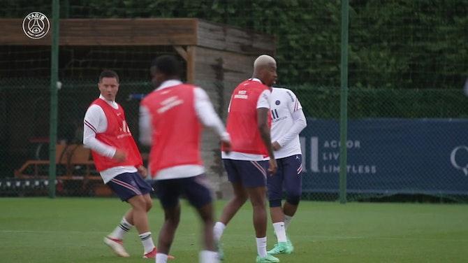 Imagem de visualização para Mbappé volta ao PSG e começa pré-temporada para 2021/22