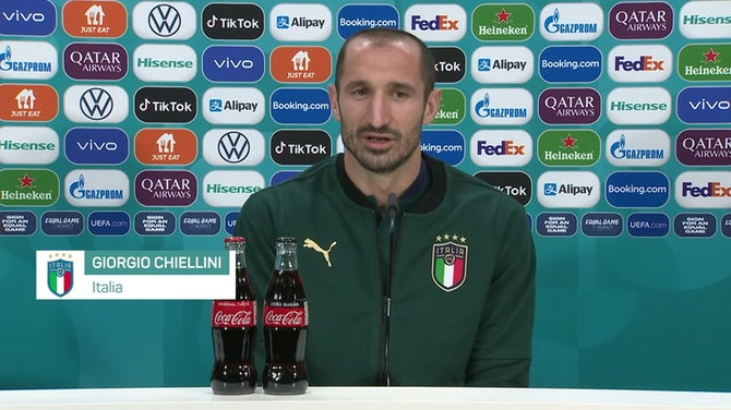 """Anteprima immagine per Chiellini scrive la ricetta: """"Noi gli ingredienti. Mancini il nostro chef"""""""