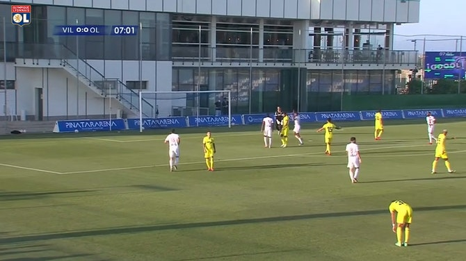 Vorschaubild für Jean Lucas and Houssem Aouar score great goals vs Villarreal