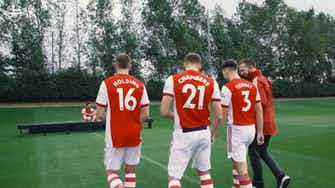 Preview image for Behind the scenes at Arsenal's squad photoshoot