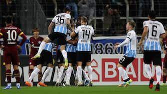 Vorschaubild für Überraschung in München: 1860 kegelt Schalke aus dem DFB-Pokal