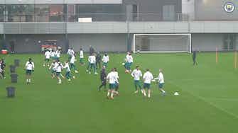Imagen de vista previa para El Manchester City se entrena antes de visitar al Brujas