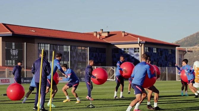 Imagen de vista previa para El Atlético ya entrena para defender el título de Liga