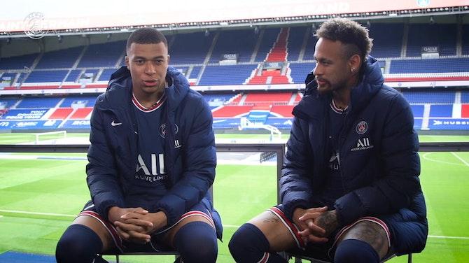 Image d'aperçu pour L'interview croisée entre Neymar et Mbappé