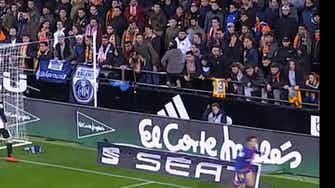 Preview image for Philippe Coutinho's first Barcelona goal against Valencia