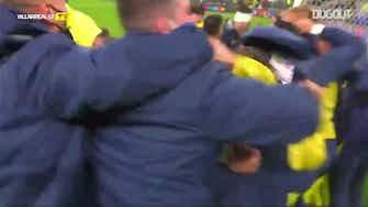 Imagem de visualização para Festa dos jogadores do Villarreal após título da Liga Europa