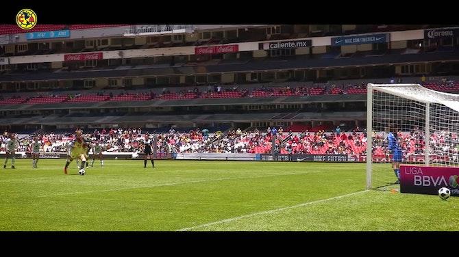 Imagen de vista previa para El penalti de Janelly Farías ante Santos, desde a pie de campo