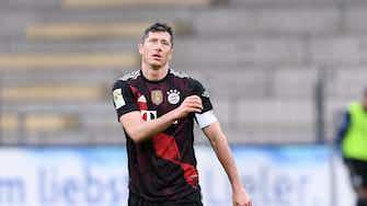 Vorschaubild für Bayern spielt Unentschieden in Freiburg – Lewandowski stellt Müller-Rekord ein!