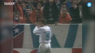 Image d'aperçu pour L'impressionnante frappe de Franck Sauzée contre Nîmes Olympique en 1993
