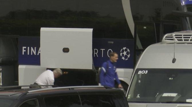 Chelsea y City dejan Porto con semblantes diferentes