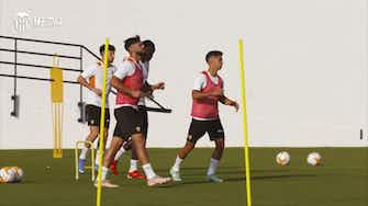Preview image for Valencia prepare to face AC Milan