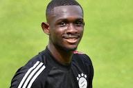 FC Bayern: Tanguy Nianzou sieht Rot nach Videobeweis