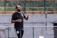 Danilo ressalta boa relação com Sylvinho, mas não descarta futuro como técnico do Corinthians