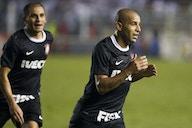 Há nove anos, Sheik marcava contra o Santos e Corinthians ficava a um passo da final da Libertadores
