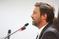 Presidente do Corinthians pede desculpa a jornalista após xingamento no Twitter