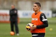 Diretor de futebol do Corinthians nega procura por Paolo Guerrero: 'Não há interesse'