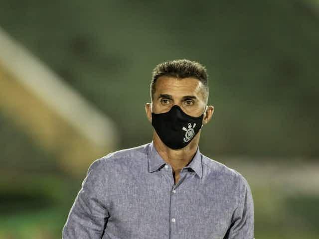 Mancini vê Corinthians sem concentração e defende rodízio: 'É uma necessidade'
