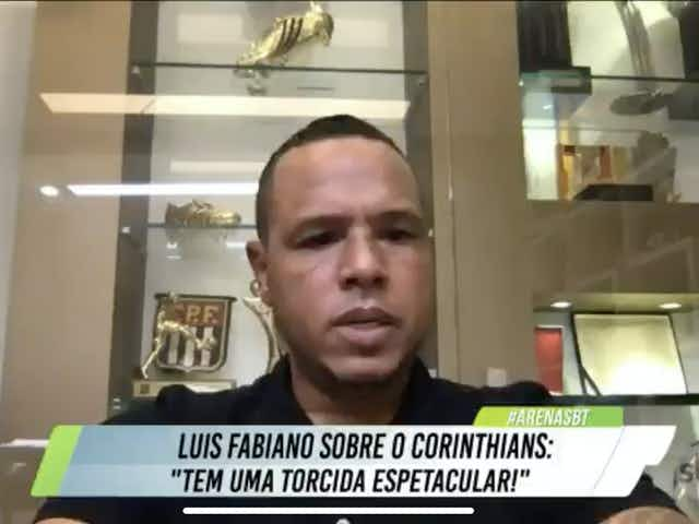 """Luis Fabiano revela ter recebido """"grande proposta"""" do Corinthians em 2011"""