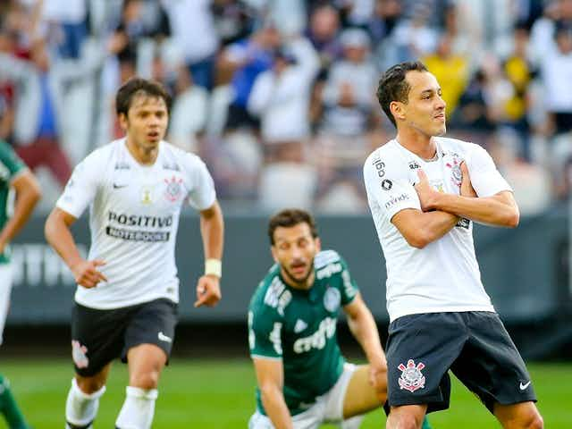 Há três anos, Rodriguinho se consolidava como 'Reidriguinho' no Corinthians