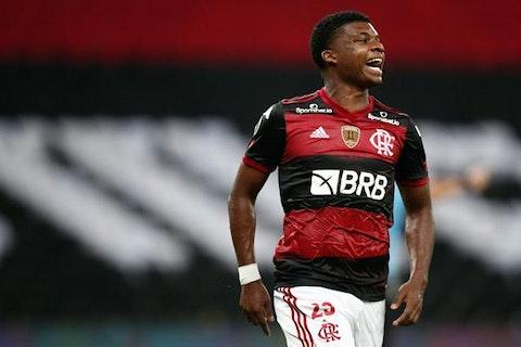 Lincoln Vive Expectativa Por Titularidade Em Flamengo X Bragantino Onefootball