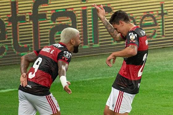 Imagem do artigo: https://image-service.onefootball.com/crop/face?h=810&image=https%3A%2F%2Fcolunadofla.com%2Fwp-content%2Fuploads%2F2021%2F01%2Fgabigol-pedro-flamengo-comemorando-gol.jpeg&q=25&w=1080