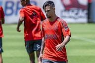 Em tratamento de lesão, Michael e Renê desfalcam Flamengo na final do Carioca