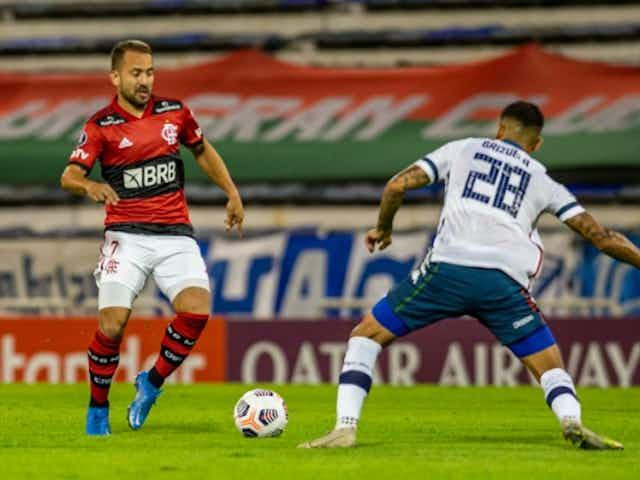"""Ceni se surpreende com escalação do Vélez e exalta vitória do Fla: """"Temos que ver pontos positivos"""""""
