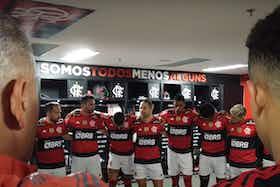 Imagem do artigo: https://image-service.onefootball.com/crop/face?h=810&image=https%3A%2F%2Fcolunadofla.com%2Fwp-content%2Fuploads%2F2021%2F07%2Fdiego-vestiario-flamengo-x-sao-paulo.png&q=25&w=1080