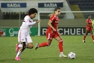 São Paulo vence o Inter e cola nos líderes do Brasileiro Feminino A-1
