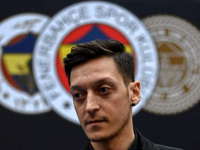 How is Mesut Ozil doing at Fenerbahce?