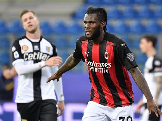 El Milán enfrenta a un grifo en su camino a la Champions