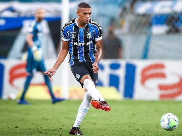 'Se for preciso, jogo com muito orgulho' diz Ruan sobre atuar na lateral direita contra o Independiente del Valle