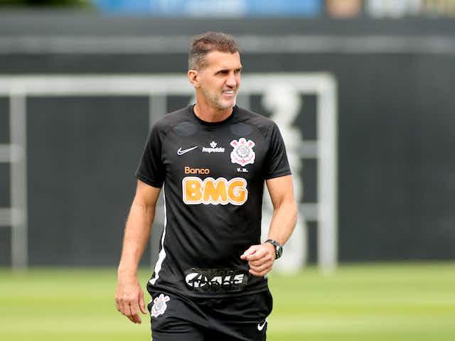 Corinthians pode enfrentar a Ferroviária na próxima segunda-feira (12), diz portal