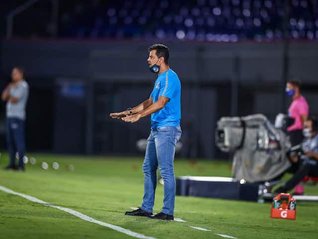 'O impacto do gol mal anulado é muito grande', afirma Alexandre Mendes sobre o jogo