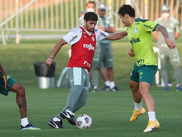 Palmeiras faz treino curto em Lima, no Peru, antes da estreia na Libertadores