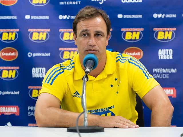 Conceição avalia positivamente vitória do Cruzeiro e minimiza favoritismo no clássico contra o Atlético