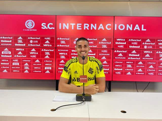 Thiago Galhardo analisa adversários do Internacional na Libertadores: 'É um grupo competitivo'