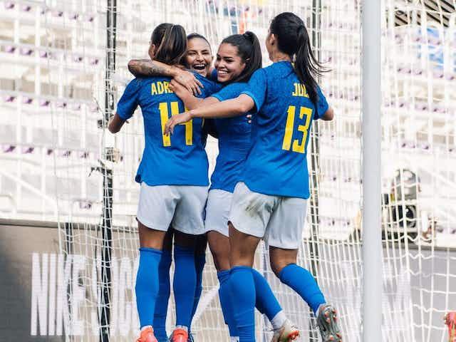 Seleção brasileira passa Canadá e sobe uma posição no ranking feminino da Fifa