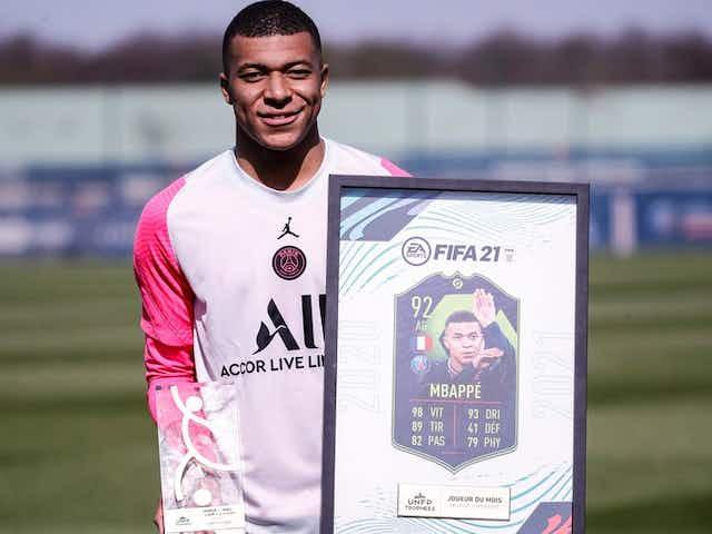 Mbappé recebe prêmio de melhor jogador da Ligue 1 em fevereiro