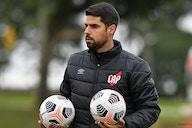 Sem Nikão e com novidades no ataque, Athletico viaja para partida na Venezuela; veja provável escalação