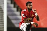 Fred sofre novos ataques racistas após derrota para o Liverpool