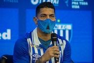 Ponte Preta avalia contratação de Ralf, ex-volante do Corinthians