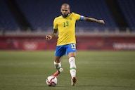 Após vitória, Daniel Alves diz que Brasil precisa 'caprichar um pouco mais'