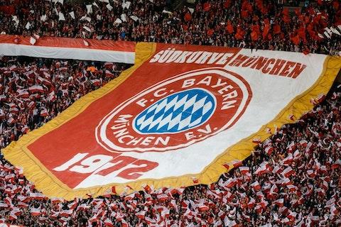 Artikelbild: https://image-service.onefootball.com/crop/face?h=810&image=https%3A%2F%2Ffcbinside.de%2Fwp-content%2Fuploads%2F2019%2F11%2FRB-Leipzig-v-Bayern-Muenchen-DFB-Cup-Final-2019-1574344832.jpg&q=25&w=1080