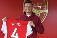 [Photos] Ben White poses with No.4 Arsenal shirt after completing £50m move