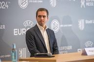 """Lahm: """"Am FC Bayern sieht man, dass es möglich ist, die Regeln einzuhalten und Spitzenniveau zu erreichen"""""""