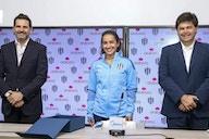 Eva Espejo ya fue presentada como nueva DT de Rayadas