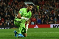Após deixar o Manchester United, goleiro argentino entra na mira de outro gigante europeu