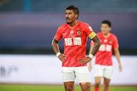 Ex-Corinthians e Barcelona tenta liberação de time chinês; entenda